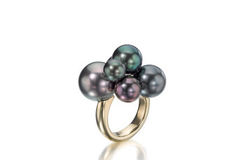 Assael Tahitian black pearl ring