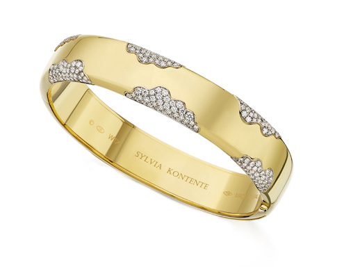 yellow gold Wave bracelet with a diamond