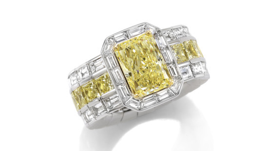 Picchiotti white and yellow diamond ring