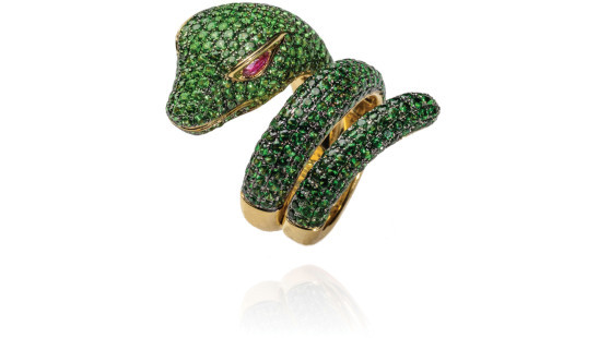 the Anaconda is a stylish snake-shaped ring