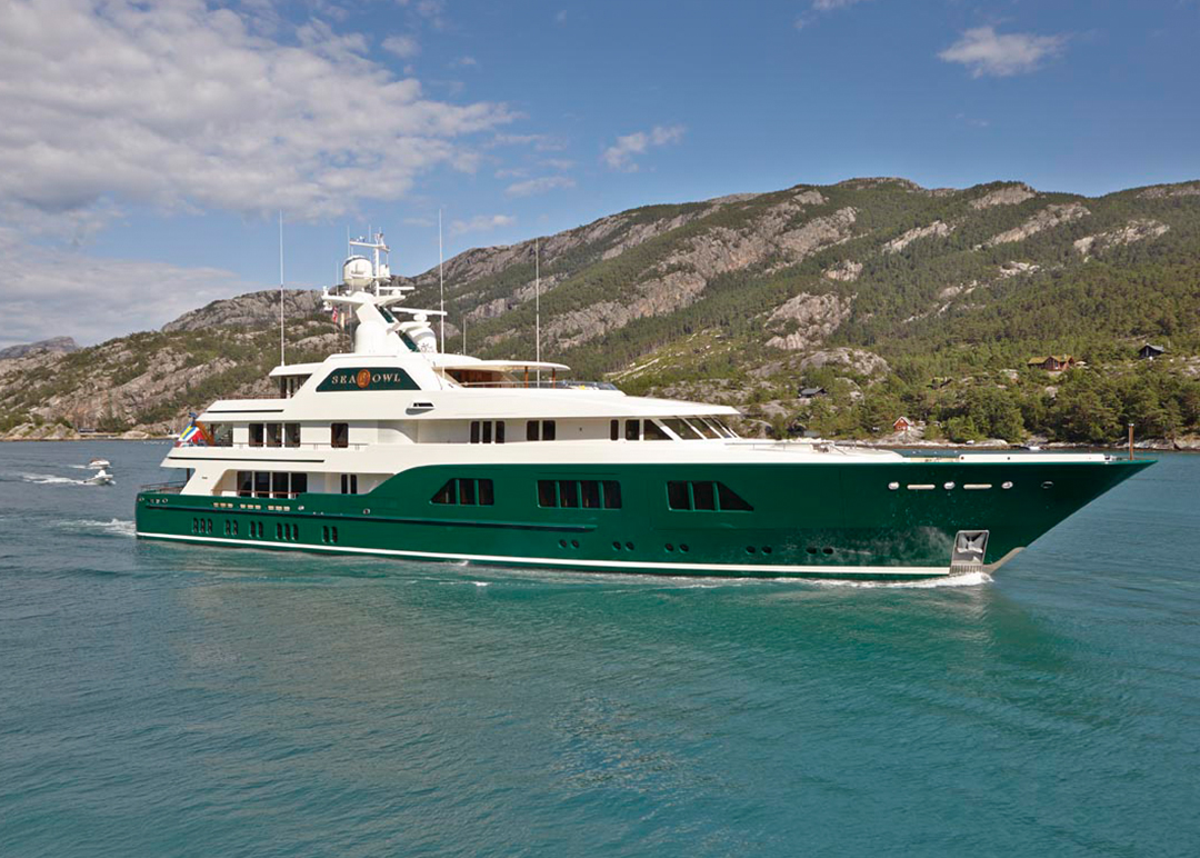 M/Y Sea Owl Custom Feadship Yacht for Sale cruising in Caribbean