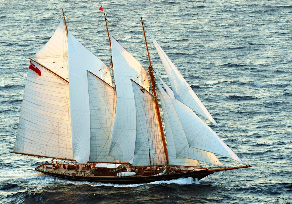 Charter yacht SHENADOAH OF SARK sailing with all the sails up