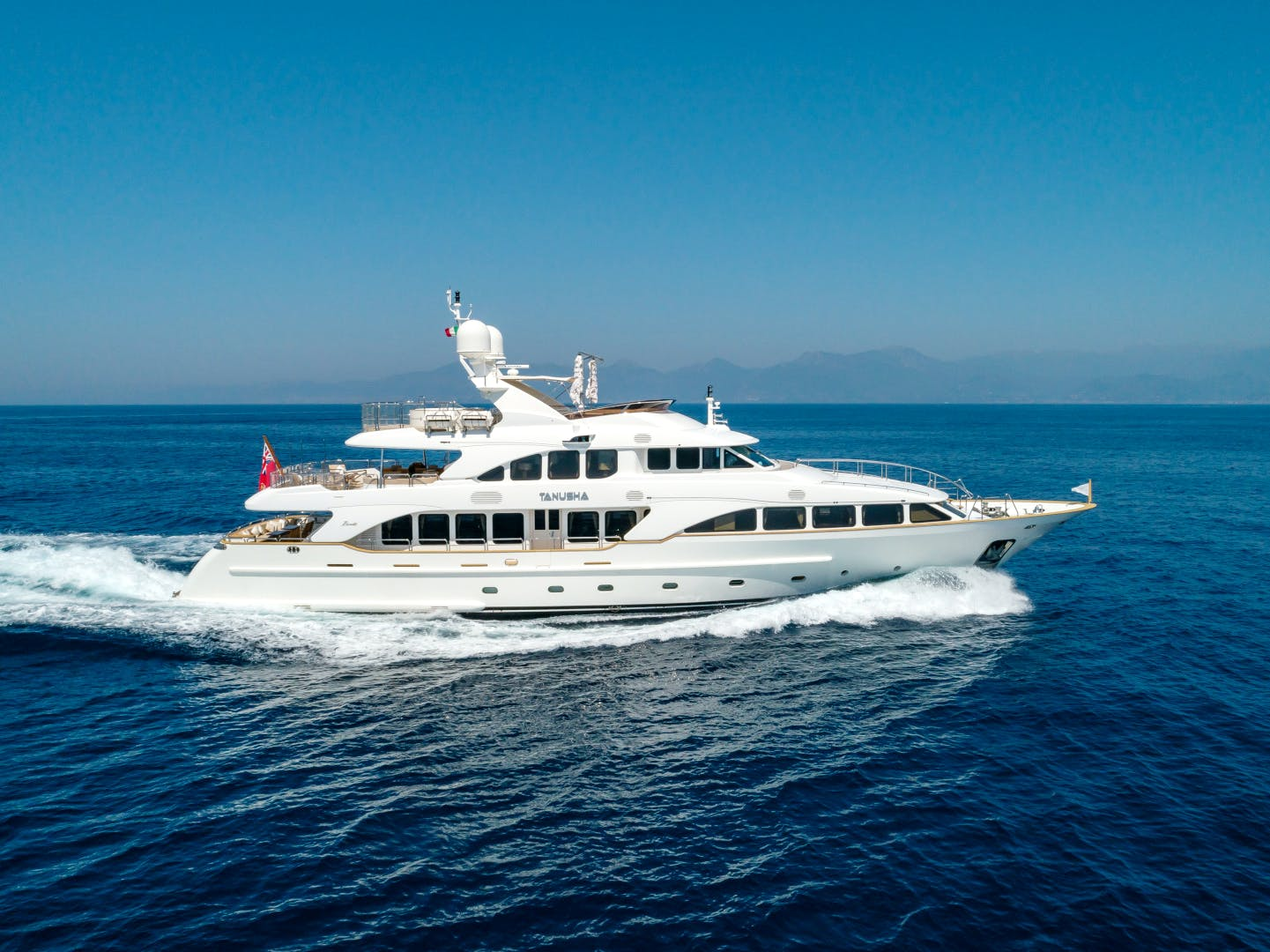 Benetti 120 yacht for sale TANUSHA profile