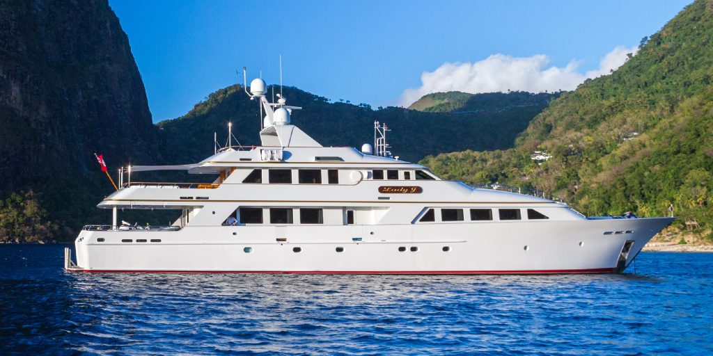 142'-Palmer-Johnson-LADY-J-Yacht